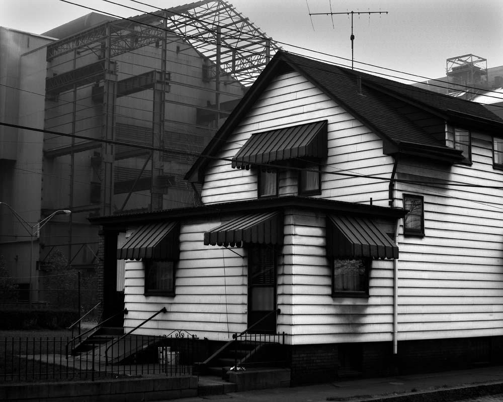 20-White-House-Dark-Mill