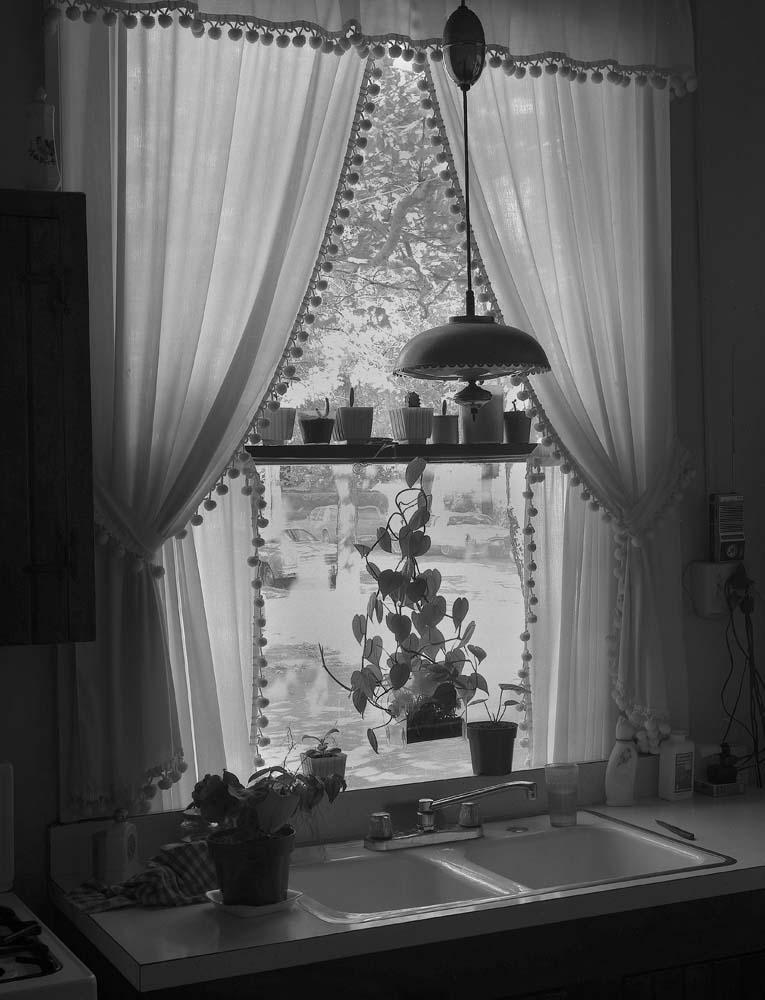 47-Kitchen-Window