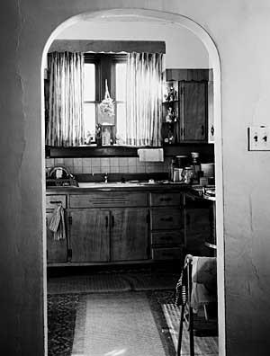 300_37-Kitchen