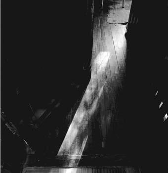 340_06_Ghost_in_Doorway