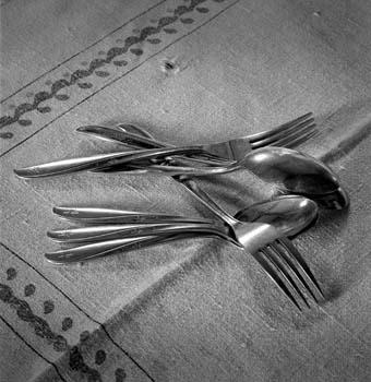 340_29_Silverware_on_Table