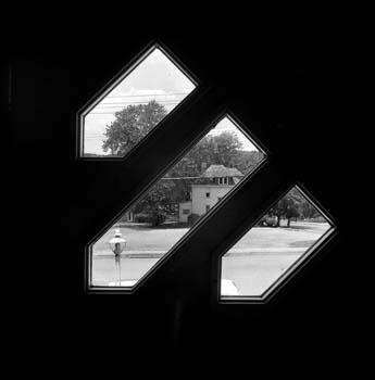 345_09_Front_Door_Windows