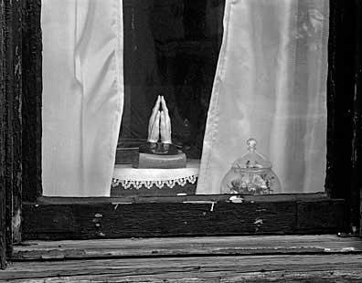 396_08-Window-Hands