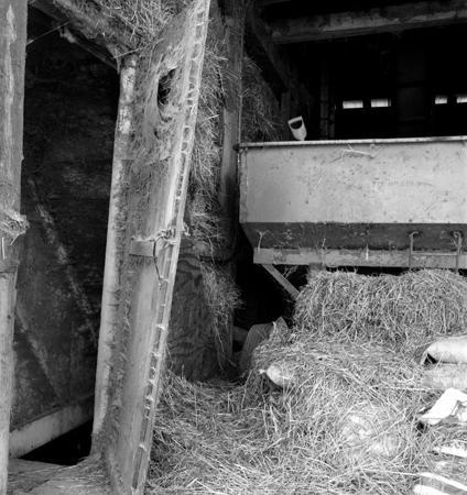 424_052_Cowden_Hay_Barn_Upper_Door