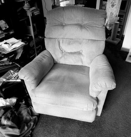 431_146_Ruth_s_Chair_10x