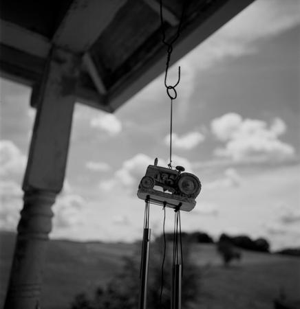 436_118_Dinsmore_Tractor_Windchime_10x