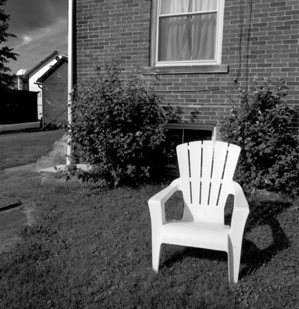 436_120_Dinsmore_White_Chair_10x