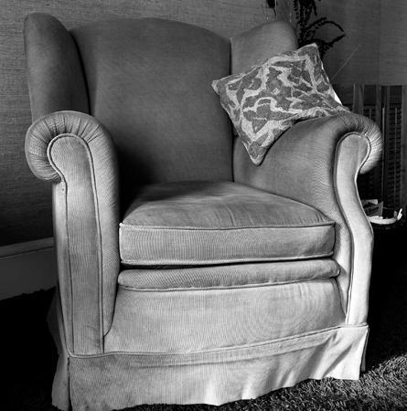 445_02_Big_Corduroy_Chair_Bk