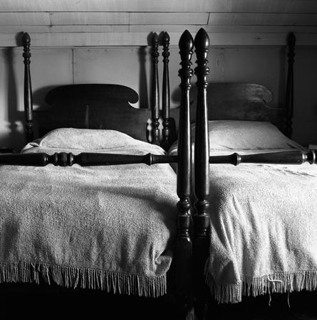 445_09_Two_Beds_8x10
