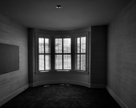 450_62_Empty_Room_Faraway_Bk